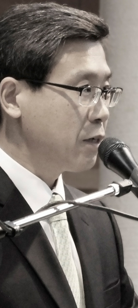6. 김경석 목사님.jpg